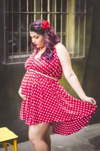 pregnant-woman-1575263_1920